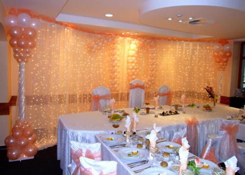 Svetelné steny, LED nasvietenie