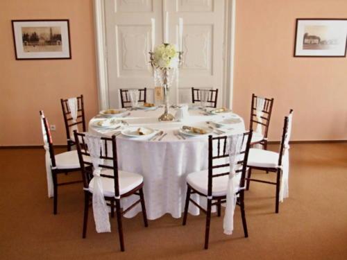stuhy na stoličky mašle